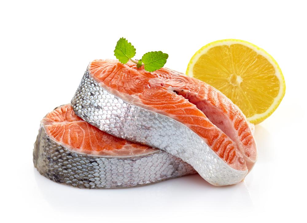 Vette vissoorten zoals zalm horen bij een gezond psoriasis-dieet