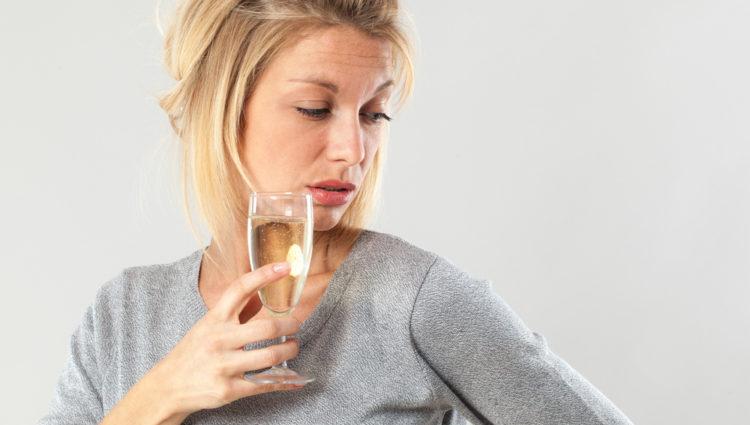 Alcohol verhoogt het risico op rosacea bij vrouwen