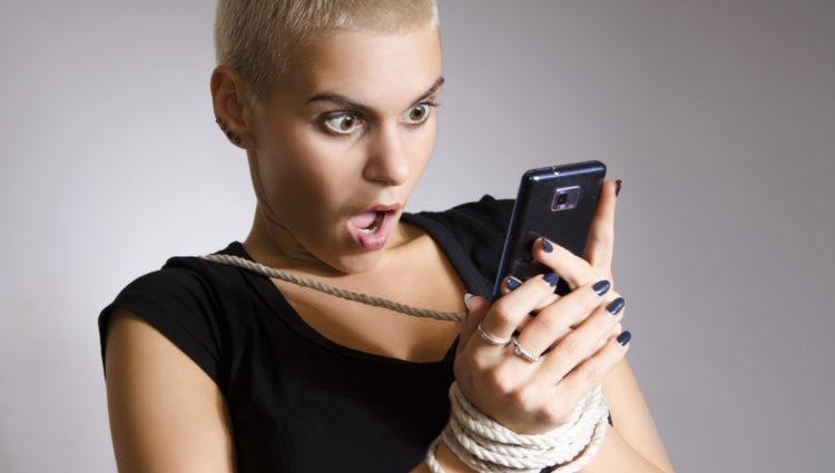 Smartphone verslaving kan psoriasis reuma uitlokken of verergeren