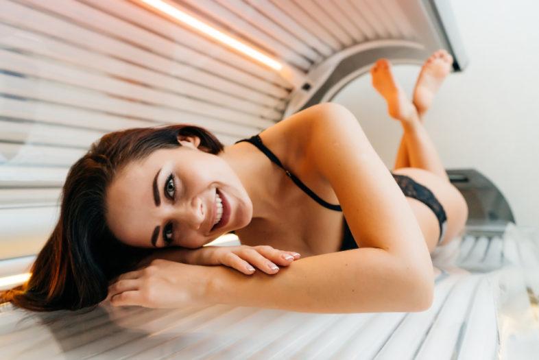 Onderzoek naar vrouwen die zonnebanken