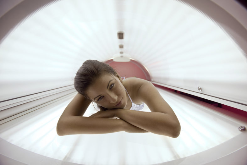 Vaker en sneller een tweede melanoom bij zonnebankers
